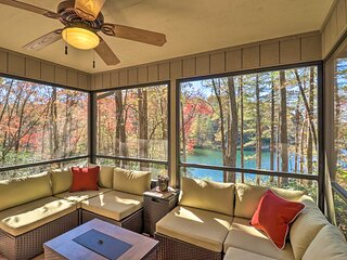 NEW! Deluxe Lakefront Mtn Escape w/ Club Amenities