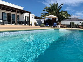 Villa Emilianya is a spacious 3 bed villa with heated pool and close to town.