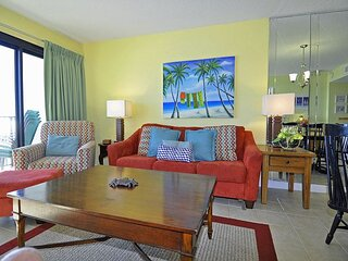 Oceanfront  3BR/2BA in Springs Towers! Walk to Beach Bars, Restaurants & More