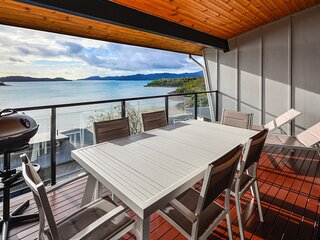 Shorelines 31 Renovated Upmarket Two Bedroom Apartment With Ocean Views Buggy