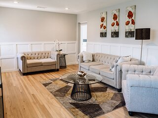 CLEAN/DISINFECTED Beautiful Home w/ BIG YARD (p28)