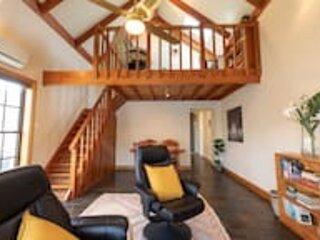 Circa 1890's Cottage Style Living★Sleeps 4★Free Wifi★Near Beach★Glenelg South, casa vacanza a Glenelg