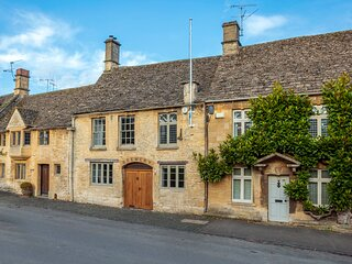 The Brewery, Burford: 4 beds/3 baths sleeps max 10