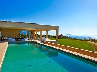 Kastro Villa Sleeps 18 with Pool and Air Con - 5506754