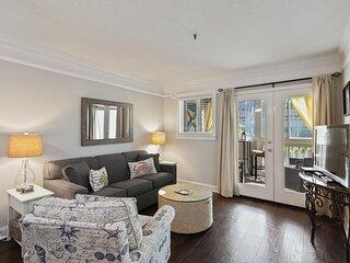 D&D's Island Retreat - Court-side Comfort in our 2BR/2BA Villa