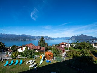 India apartment with lake view over Stresa