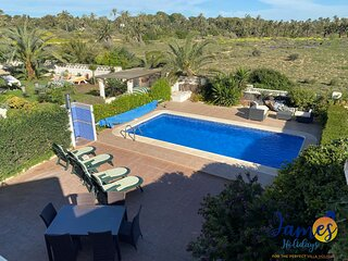 Superb 3 bed Villa pool/beachside Punta Prima PP22
