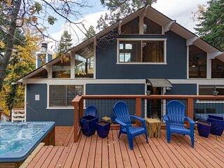 La Cabana at Big Bear Ultra Modern Golf/Ski/Zoo/Hiking Chalet / Hot Tub