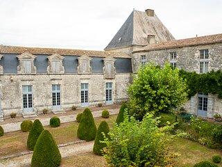Razac-de-Saussignac Town House Sleeps 6 - 5626478
