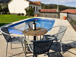 Cobres Villa Sleeps 14 with Pool and Air Con - 5829185