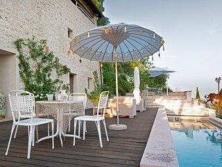Case di San Martino Villa Sleeps 6 with Pool and Air Con - 5831441