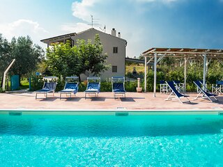 Cupra Marittima Villa Sleeps 11 with Pool and Air Con - 5837820