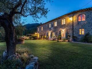 Sant'Andrea in Caprile Villa Sleeps 14 with Pool Air Con and WiFi - 5840849