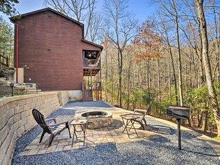 NEW! Family-Friendly Cabin ~ 1 Mi to Hike & Swim!