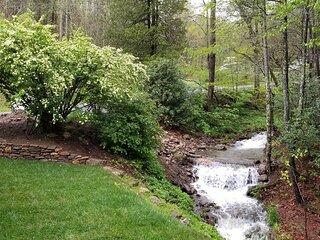 Creekside Retreat