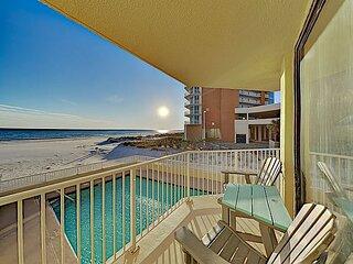 Remodeled Beachfront Condo w/ Gulf Views, Pool & Private Balcony