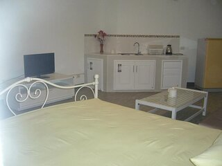 Chan Kim Don Mueang Guest House Triple room