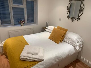 Lego Land / Windsor Castle Town Centre Sleeps 6