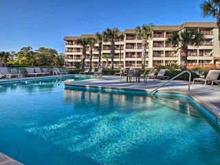Resort Condo, 4 Min Walk to Folly Field Beach