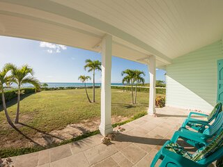 Private Villa on the Beach - NEW LISTING *** COURTESY CAR INCLUDED ***