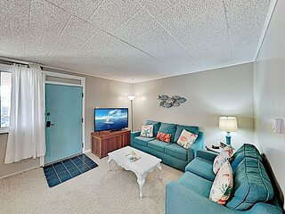 Updated Oceanfront Condo at the Colonial with Patio & Walkable Locale