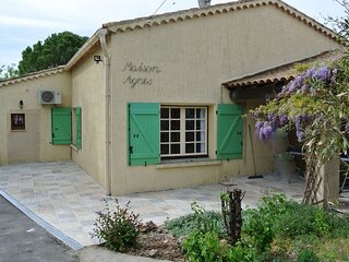 Laurens Villa Sleeps 8 with Pool Air Con and WiFi - 5875369