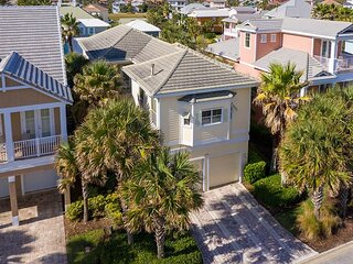 Canary Bay Home in Cinnamon Beach ! Sleeps 10 with Private Spa/Pool !