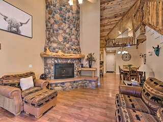 NEW! Spacious Pinetop Country Club Cabin w/ Deck!