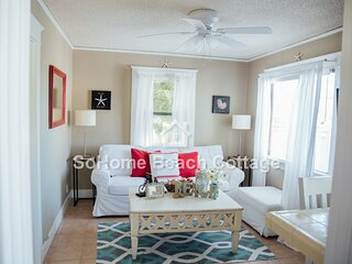 SoHome Beach Cottage - Three Short Blocks to Beach