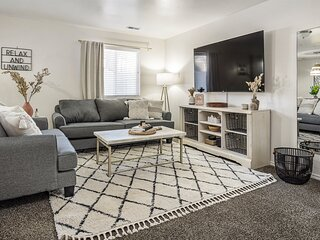 A La Mode Homestyle 3 bedroom Lehi Home 6 month lease