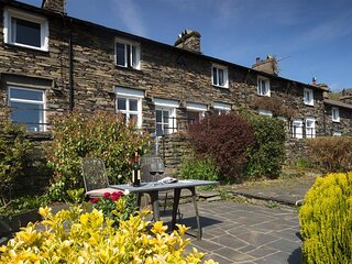 DORMOUSE COTTAGE, 2 Bedroom(s), Coniston