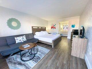 Bonita Beach Inn & Suites Queen 102