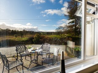 HONISTER COTTAGE, 2 Bedroom(s), Ambleside