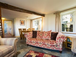 HOLLY GROVE COTTAGE, 2 Bedroom(s), Grasmere