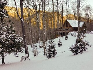 Mountain-Chic Home and Ski Lodge with Deck & Firepit