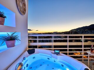 SUNSET BEACH. Charming apartment with jacuzzi.