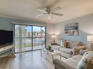 Clean and comfortable! Overlooking Heated Pool, Gorgeous Beach access, Tennis, m