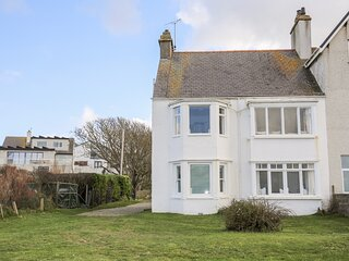 WINDYGATES, 2 Bedroom(s), Pet Friendly, Rhosneigr