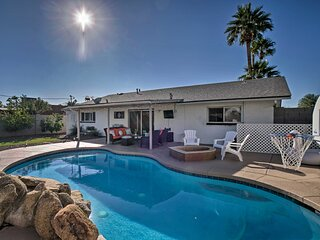 NEW! Modern, Central Scottsdale Pad: Golf & Relax!