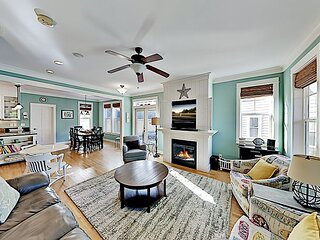 New Listing! Olivia Beach Estate: Hot Tub, Carriage House, By Coastal Access