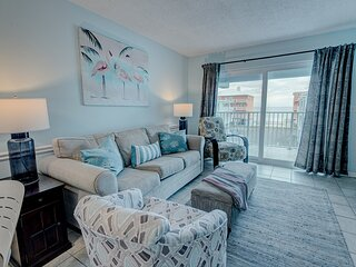 Gorgeous Beach Front Condo Just Steps Away From A Beautiful White Sandy Beach