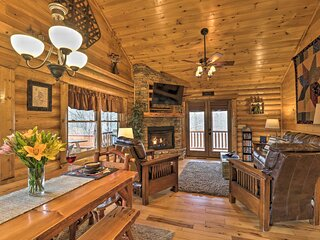 NEW! Peaceful Forest Escape w/ Game Room + Hot Tub