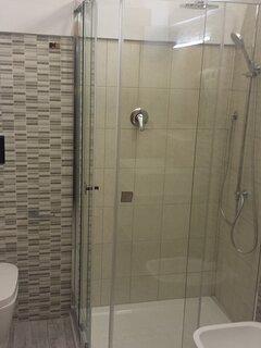 Ampia doccia