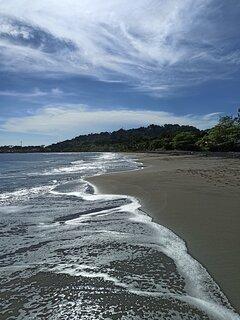 Playa Negra, a pocos pasos de la casa
