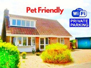 ★ Pet Friendly Holiday Cottage nr Beach, Skegness & Butlins ★