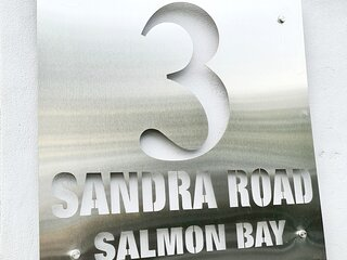 Salmon Bay Guesthouse - Family Self Catering