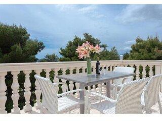 Apartments Villa Dingač- Borak - Two Bedroom Apartment with Balcony and Sea View