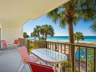 NEW LISTING: 3BR Sleeps 10 Master on the Gulf on the Quiet East End, Full Kitche