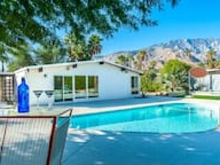 Mid-Century Krisel Desert House, casa vacanza a North Palm Springs