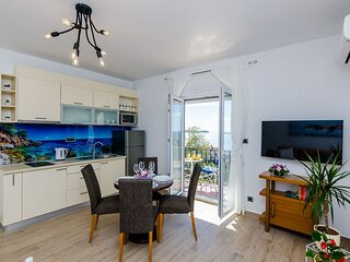 Apartments Knego - Comfort One Bedroom Apartment with Balcony and Sea View